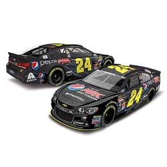 Buy Jeff Gordon #24 Pepsi Max 2014 Chevrelot SS NASCAR Diecast Car, 1:64 Scale by Lionel Racing