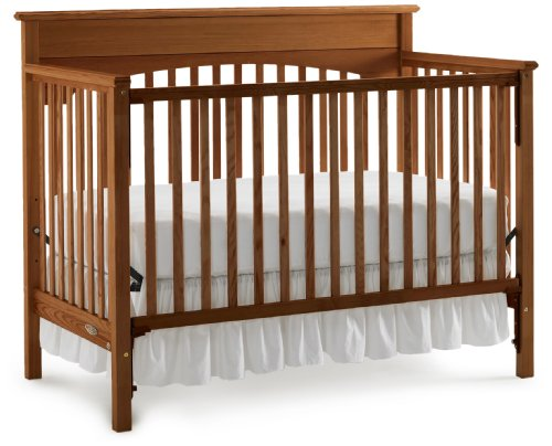 Graco Lauren Classic Crib, Walnut