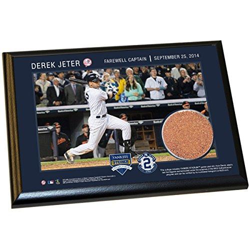 Derek Jeter Final Yankee Moment 5X7 Dirt Plaque (Farewell) front-1003824