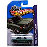 Hot Wheels 2013, BMW 2002 (GREEN), HW SHOWROOM, #154/250. 1:64 Scale.