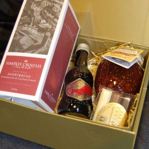 Cornish Treat Gift Box In A Standard Carton