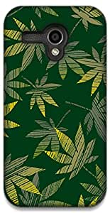 The Racoon Lean Green Grass hard plastic printed back case / cover for Moto G (1st Gen)