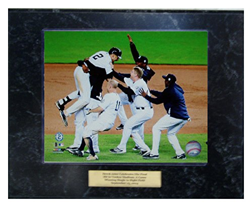 Derek Jeter Celebrates His Last Career Hit At Yankee Stadiuim Plaque front-68270