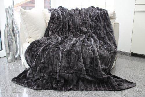 Felldecke-grau-Hochwertige-Kuscheldecke-Decke-Wohndecke-Nerzdecke-Plaid-Webpelzdecke-Tagesdecke-grau
