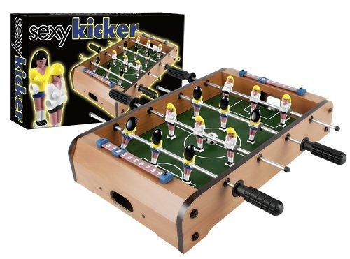 Jeu-Sexy-Baby-Foot-avec-Joueuses-de-Football-Gros-Seins-Cadeau-Sexy-Humour