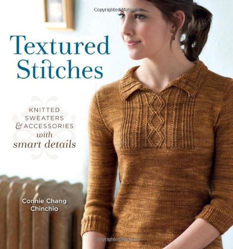textured-stitches-knitted-sweaters-and-accessories-with-smart-details
