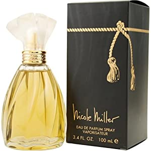 This fragrance is crafted by master perfumers using only high quality Hot Sale! 4 PC Perfume Gift Set for Women, Flower City Scent Fragrances Spray Perfume for .