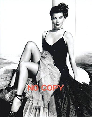 大きな写真、エヴァ・ガードナー、あまりに美的なドレス姿