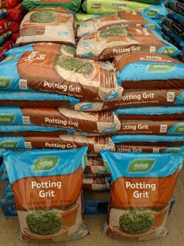 westland-horticultural-potting-grit-20kg-bag