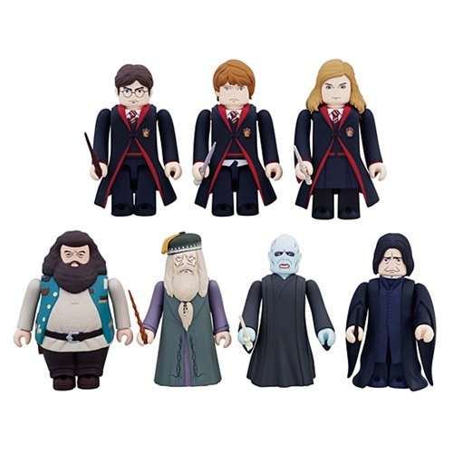 Buy Low Price Medicom Harry Potter & The Deathly Hallows Kubrick Figure Blind Random Package (B00497ZVFE)