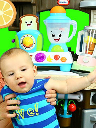 Blender Toys Pretend Play + Fruit Slicing on Little Tikes Cook N Learn SMART Kitchen