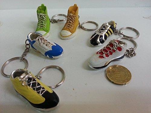 24 pezzi, Bomboniera portachiavi scarpe , vari modelli e colori assortiti cm 4 (si906104)