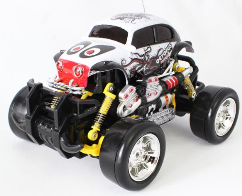 Extreme Monster Drifting Truck 4x4 High Quality (White) Volkswagen Bettle 1:18 Electric RTR Rc Truck, Remote Control Monster Truck with Extra Grip Tires and Rechargeable Batteries