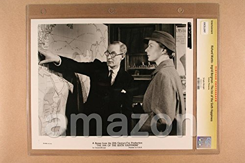vintage-photo-of-richard-wattis-ingrid-bergman-the-inn-of-the-sixth-happiness-et835