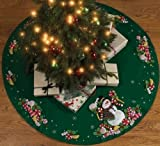 Bucilla Felt Applique Chtistmas Tree Skirt Kit, 43-Inch Round, 86307 Candy Snowman