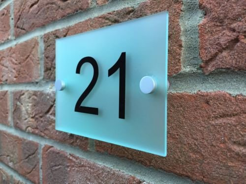 house-sign-moderne-acrylique-numero-de-porte-en-verre-depoli