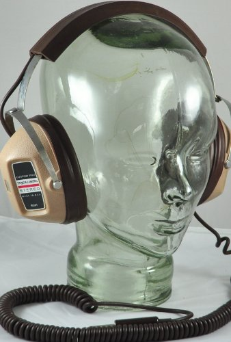 Realistic Custom Pro Stereo Headphones