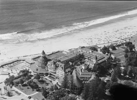 Photo Hotel del Coronado San Diego CA c1940 B&W