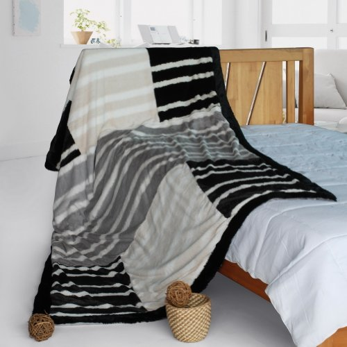 Onitiva - [Charming Leopard] Patchwork Throw Blanket (61 By 86.6 Inches)