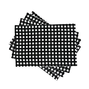 linentablecloth black and white checkered placemats 4 pack home kitchen. Black Bedroom Furniture Sets. Home Design Ideas