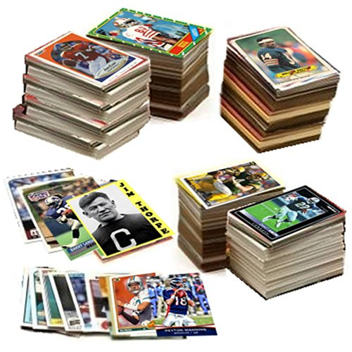 600 Football Cards Including Rookies, Unopened Packs, Many Stars, and Hall-of-famers. Ships in Brand New White Box Perfect for Gift Giving. Includes At Least One Original Unopened Pack of Topps Vintage Football Cards That Is At Least 25 Years Old!