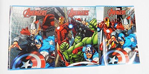 """Set di 10 quaderni """"Avengers"""" righe di 4°- 5° elementare con margine."""