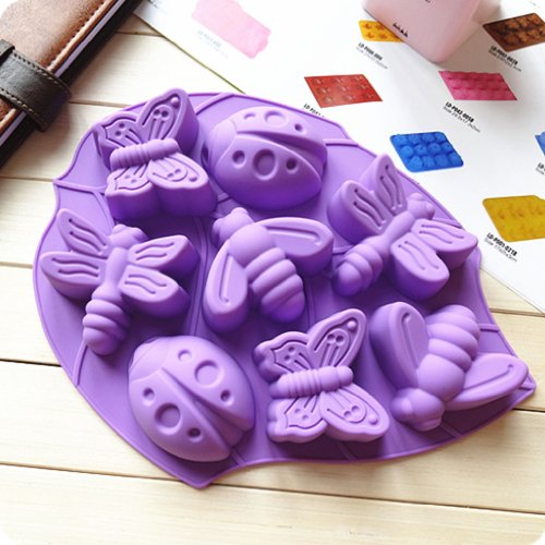 Yunko Bakeware Dragonfly Bees Butterfly Beetle 8 Cavity in A Leaf Silicone Gel Non-stick Cake Bread Mold Chocolate Jelly Candy Baking Roasting Mould(Random color)