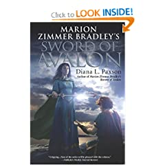 Marion Zimmer Bradley's Sword of Avalon (Avalon (Roc)) by Diana L. Paxson
