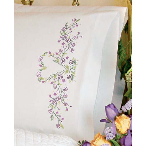 Dimensions Needlecrafts Embroidery, Ivy Heart Pillow Cases front-1035285
