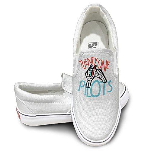 tayc-twenty-one-leisure-flats-shoes-white