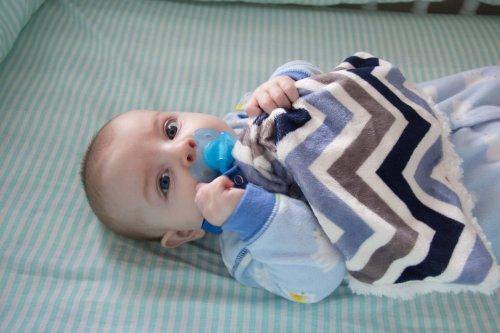 BBEmerald Minky Pacifier Blanket, Blue Chevron