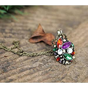 Korea Style Simple Fashion Vintage Colorful Crystal Hollow-out Necklace Popular Exquisite Special Price Jewelry