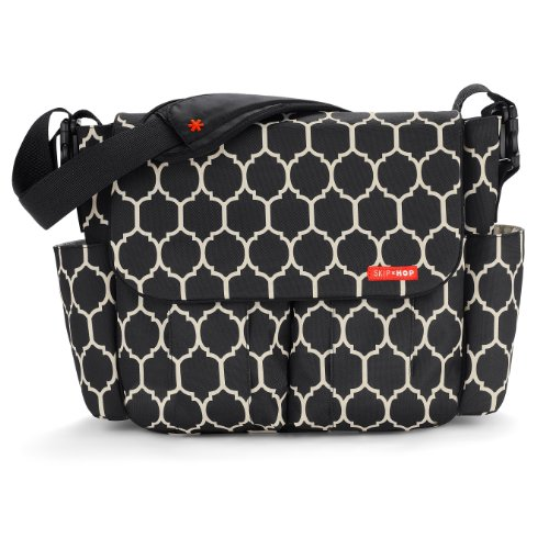 skip hop dash messenger diaper bag onyx tile designer nappy bags. Black Bedroom Furniture Sets. Home Design Ideas