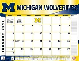 Turner Michigan Wolverines 2016 Desk Calendar, January-December 2016, 22 x 17\