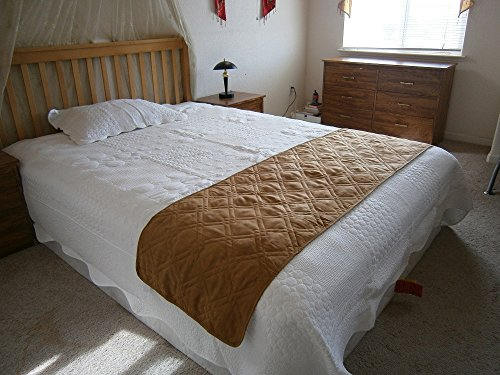 """Quilted Micro Suede Bed Runner Scarf Protector Slipcover Pad For Pets (22X90"""", Camel)"""