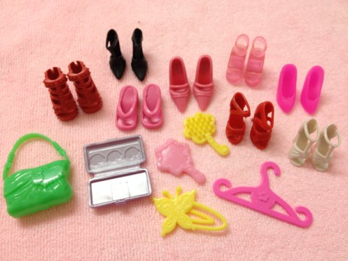 22 Pieces of Doll Shoes & Accessories Fit Barbie Dolls [Toy]