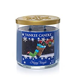 Winter Wonderland(C) Collection (Happy Tonight(C)) Medium Tumbler Candle - Yankee Candle