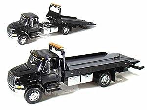 International Dura Star 4400 Flat Bed Tow Truck 1/24 All Black