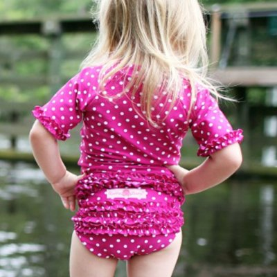 ベビー水着で女の子におすすめの20選。キュートに着こなそう☆