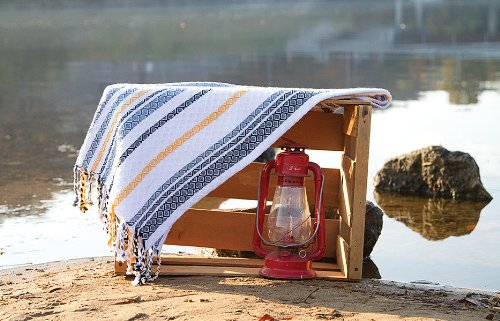 Seapoint Woven Throw front-798102