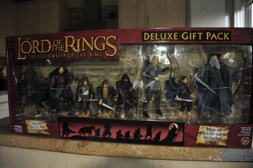 Lord of the Rings The Fellowship of the Ring Deluxe Gift Pack Set - FRODO GANDALF ARAGORN LEGOLAS GIMLI BOROMIR SAMWISE MERRY PIPPIN 6