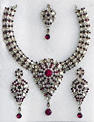 Kundan Necklace Set With Mang Tika - Stone And Metal