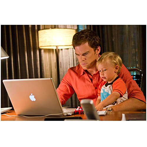 dexter-michael-c-hall-at-computer-with-toddler-harrison-in-lap-8-x-10-inch-photo