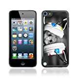 IKiki-Tech Hard Case Cover for Apple iPod Touch 5 - Cute Hamster & Earphones