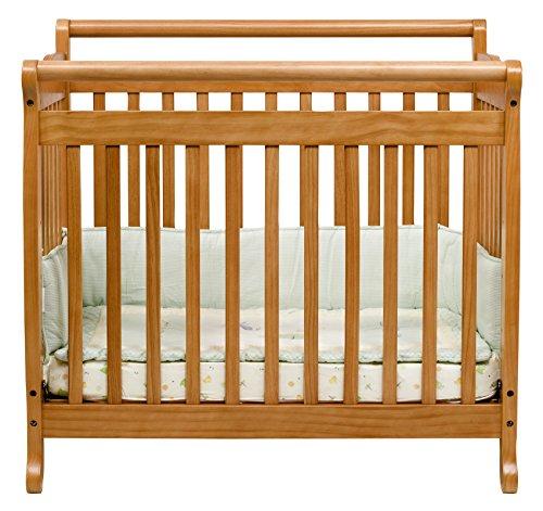 Davinci Emily Mini Crib - Honey Oak front-759885
