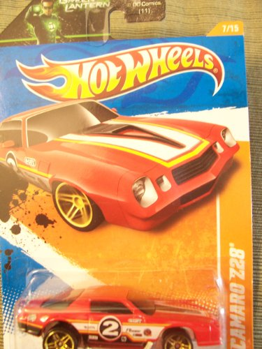 Hot Wheels 2011 Track Stars Camaro Z28 on Green Lantern Card
