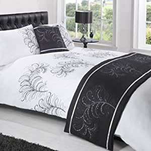 parure de lit 2 personnes pageant noir blanc 200 x 200 cm cuisine maison. Black Bedroom Furniture Sets. Home Design Ideas