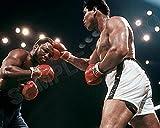 MUHAMMAD ALI (Cassius Clay) vs JOE FRAZIER Thrilla in Manilla 8X10 Boxing Photo