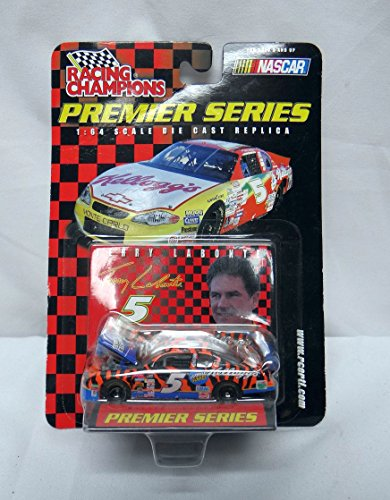Racing Champions 2001 Pre Chase the Race 1:64 No.5 Terry Labonte Chrome-Chase Car with Racing Car Cover - 1