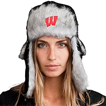Amazon.com: Bomber Hat + Licensed Wisconsin Badgers Pin